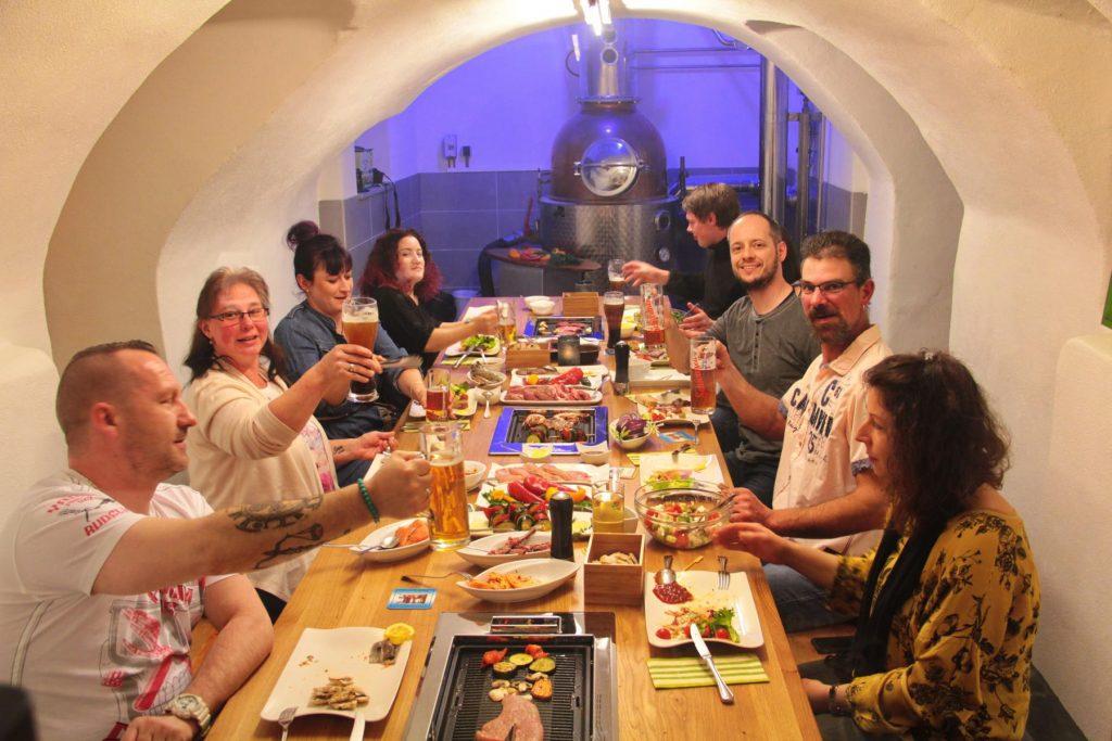 Brauhaus-BBQ-Tischgrill-11
